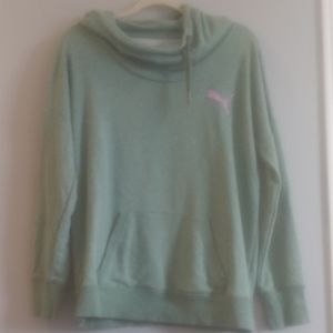 Puma. Women's sweatshirt